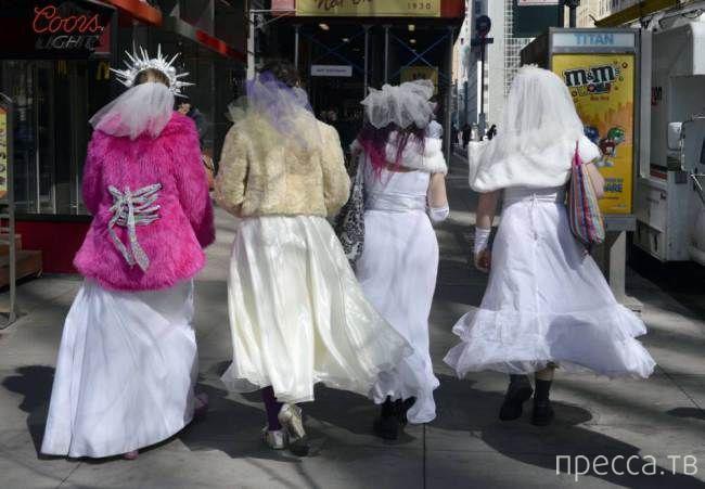Парад мартовских невест в Нью-Йорке (15 фото)