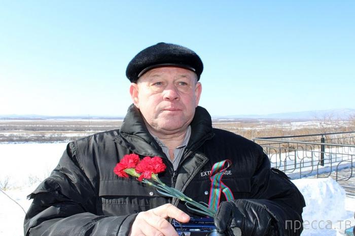 45 лет назад на реке Уссури чуть не началась война между Китаем и СССР... Бой на Даманском  (13 фото)
