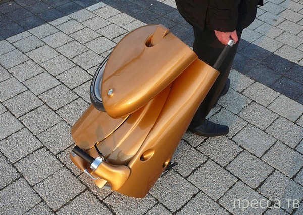 Компактный складной скутер Moveo (4 фото)