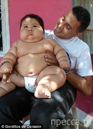 Восьмимесячный Сантьяго Мендоса - самый крупный младенец в Колумбии (10 фото + видео)