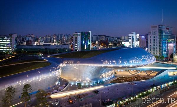 Dongdaemun Design Park & Plaza - самое странное здание в Сеуле (7 фото)