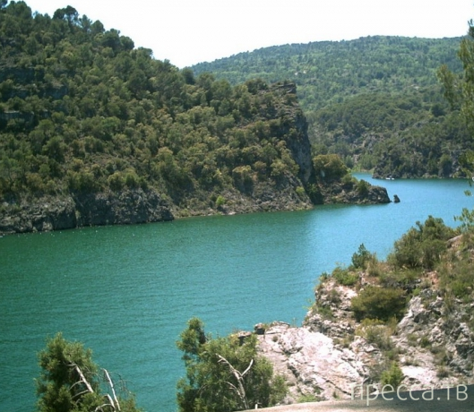 Река Тахо - самая большая река Пиренейского полуострова (8 фото)