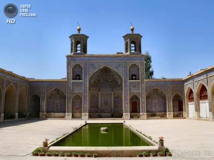 Розовая мечеть (Насир аль-Мульк)  в Ширазе, Иран (8 фото)