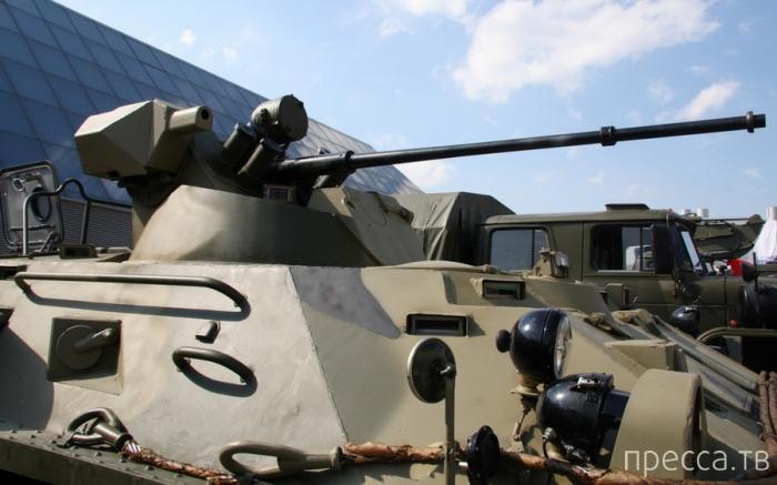 Новейший БТР-82АМ на вооружении российской армии (10 фото)