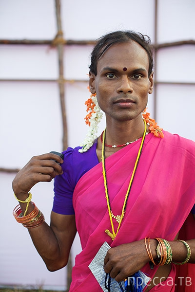 Верховный суд Индии признал транссексуалов в качестве третьего пола (10 фото)