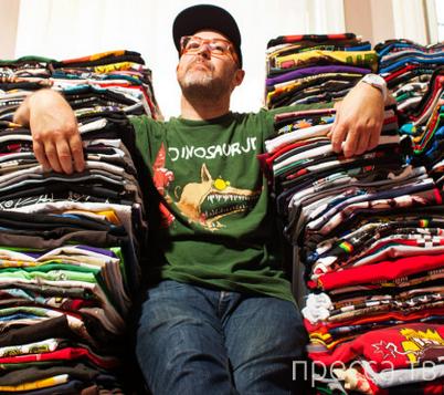 Исак Вальтер из Лос-Анджелеса 1000 дней подряд вёл блог про 1000 футболок (4 фото)