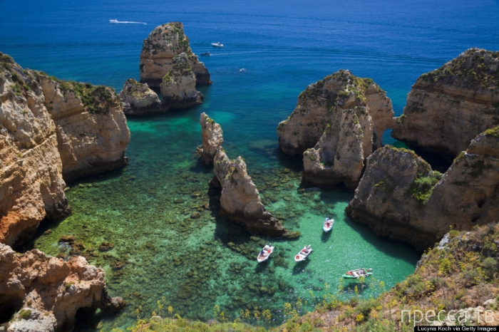 Понта-да-Пьедаде - великолепный скалистый пляж в Португалии (5 фото)