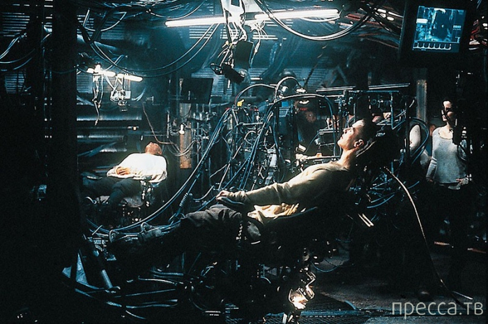 Топ-10: Революционные изобретения из фильмов, которые стали реальностью (33 фото)