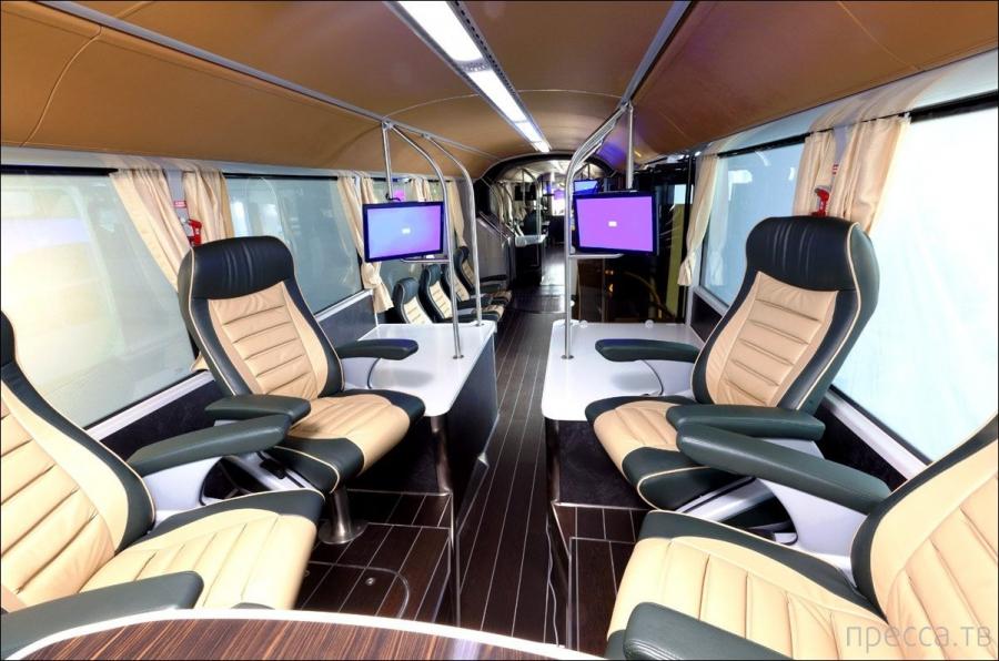 Троллейбус для членов королевской семьи в Саудовской Аравии (7 фото)