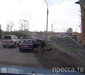 Женщина перебегала в неположенном месте и была сбита... ДТП на Кузнецком пр., г. Кемерово
