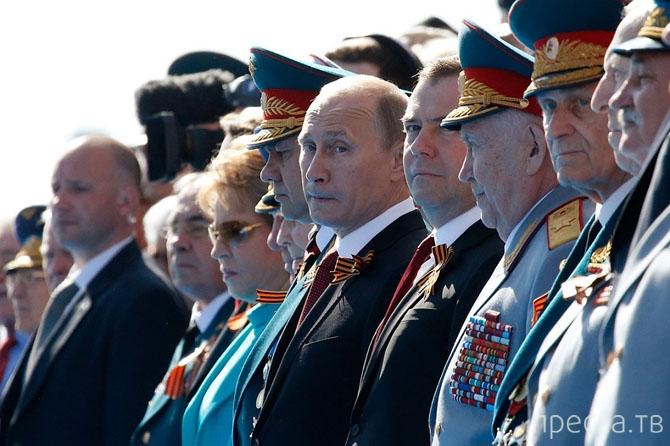 Парад Победы на Красной площади, Москва, 9 мая 2014 (28 фото)