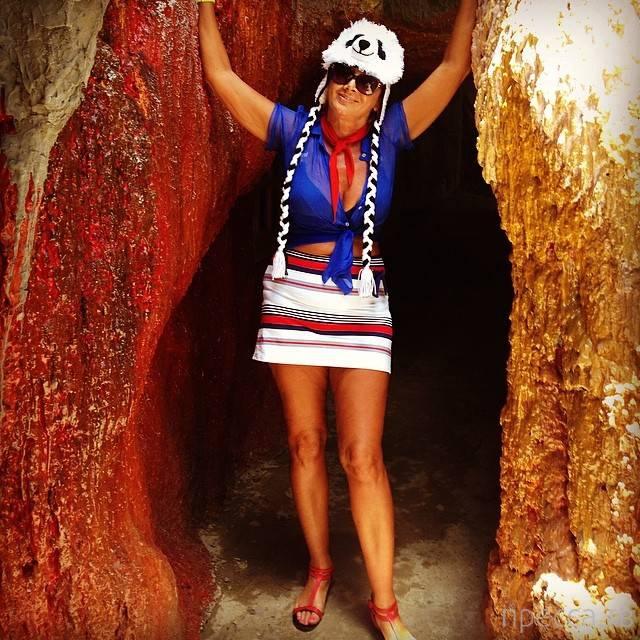 Лариса Копенкина развлекается во Вьетнаме без Прохора Шаляпина (15 фото)