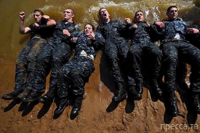 Курсанты Военно-морской академии США проводят морские испытания (16 фото)
