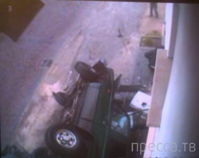 Не справился с управлением на мокрой дороге и перевернулся... ДТП в г. Львов