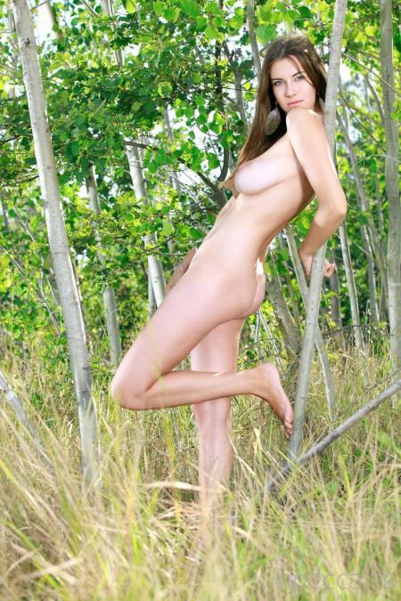 Красавица с пышной грудью (18 фото)