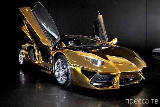 """Самая дорогая в мире модель автомобиля """"Lamborghini Aventador LP 700-4"""" (10 фото)"""