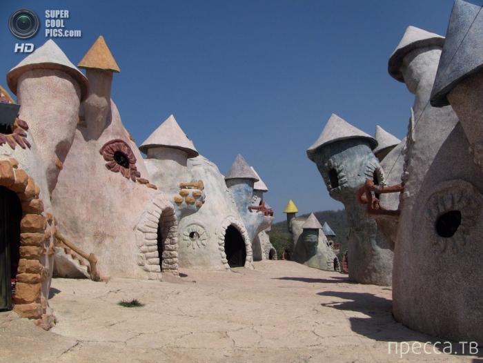 «Королевство гномов» в китайской провинции Юньнань (6 фото)