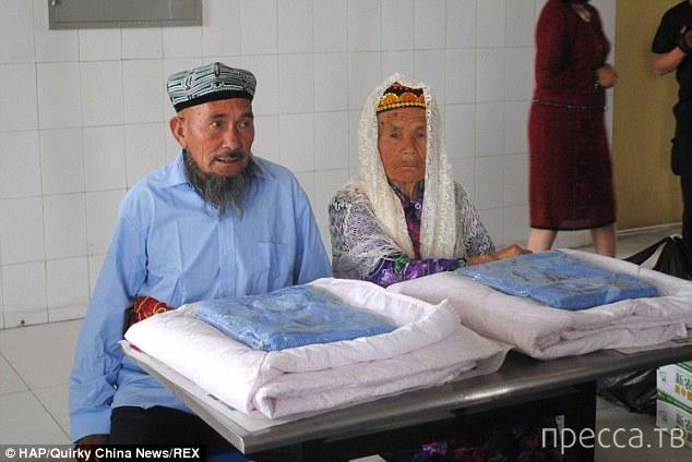 Любви все возрасты покорны... Невесте - 113 лет, жениху - 70 (3 фото)