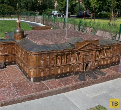 Мини-город в Александровском парке Санкт-Петербурга (10 фото)