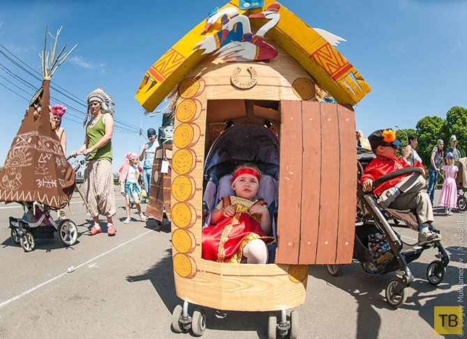 Парад колясок в Москве (24 фото)