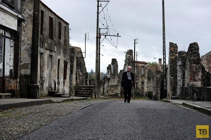 Призрак поселка Орадур-сюр-Глан (19 фото)