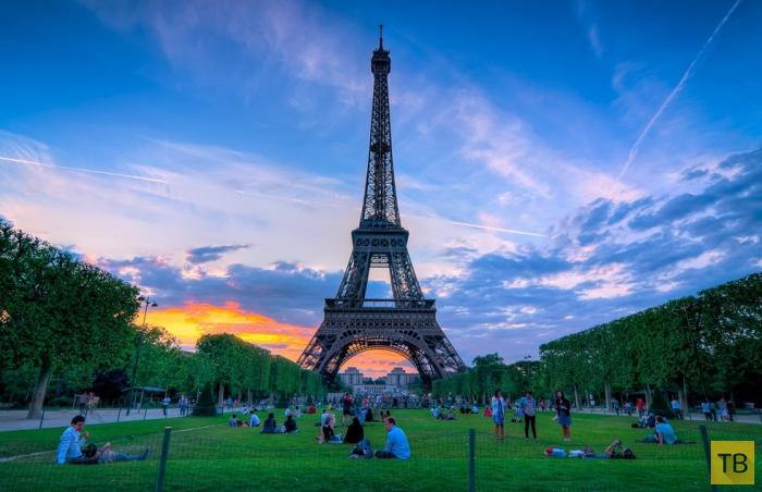 Марсово поле в Париже (7 фото)