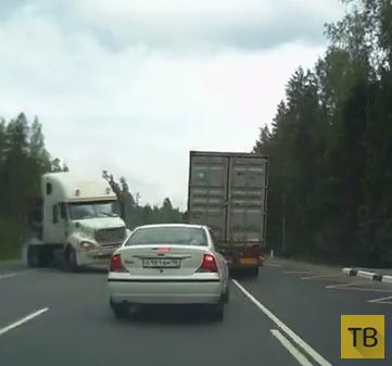 """Фуру занесло... ДТП на трассе """"Скандинавия"""""""