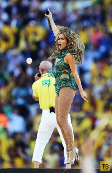 Дженнифер Лопес выступает на открытии FIFA World Cup 2014 (11 фото)
