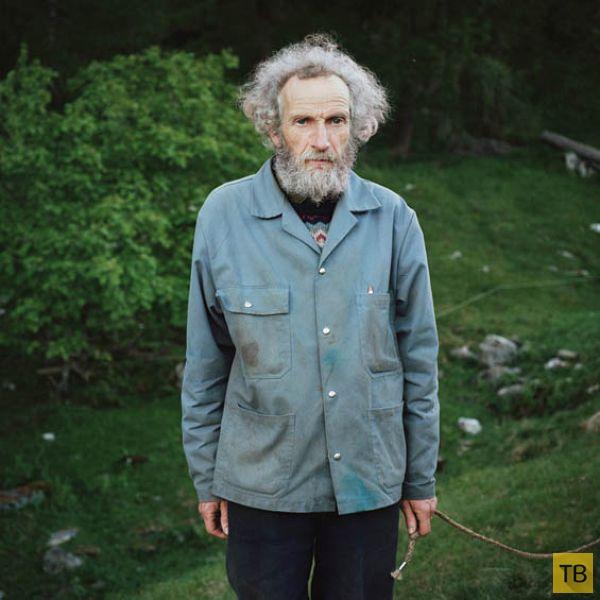 Быт европейских дауншифтеров в работах французского фотографа Антуана Брая (16 фото)