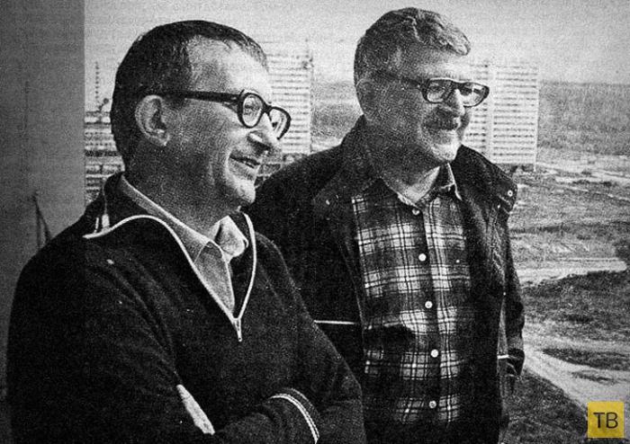 Лучшие цитаты братьев Стругацких, которые научат вас мыслить шире (24 фото)