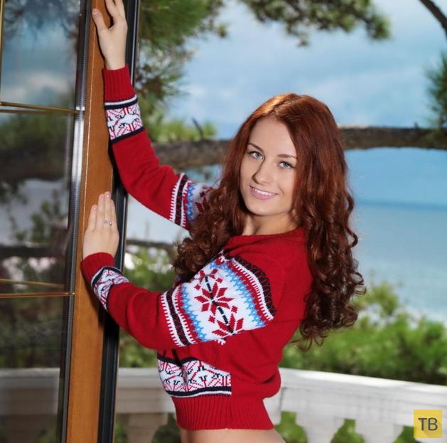 Рыжеволосая девушка с красивой фигурой (11 фото)