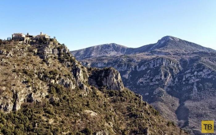 Деревушки на холмах Лазурного берега (13 фото)