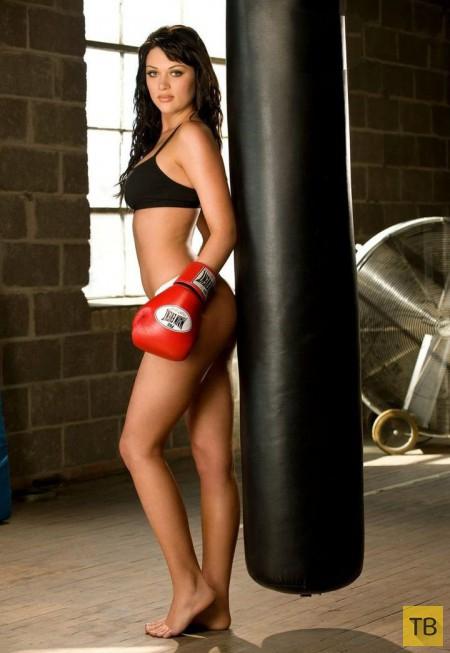 Очаровательная боксерша (21 фото)