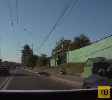Мотоциклист хотел проскочить... ДТП на Дмитровском шоссе, г. Москва