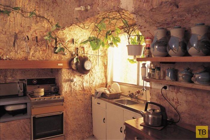 Небольшой подземный город Кубер-Педи в Австралии (16 фото)
