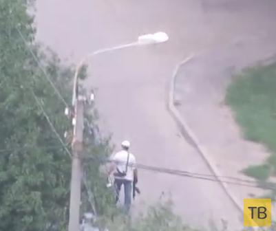 Жесть!!! Преступник расстрелял из автомата группу перевозчиков денег... г. Харьков, Украина