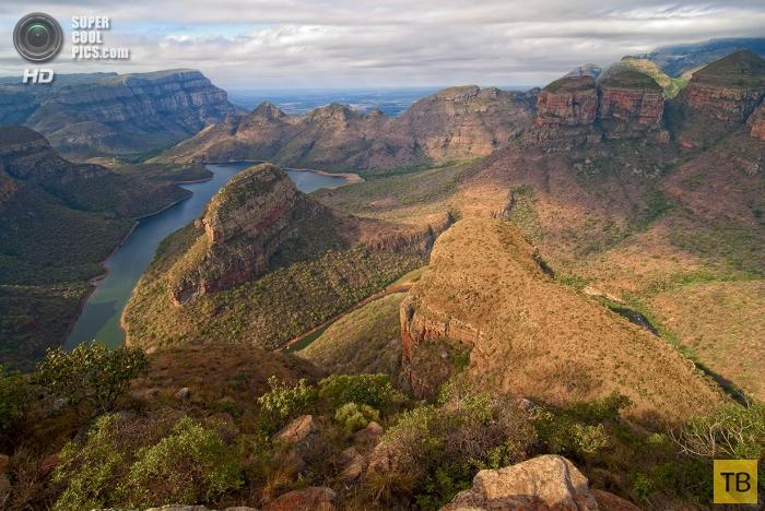 Топ 7: Самые грандиозные каньоны мира (19 фото)
