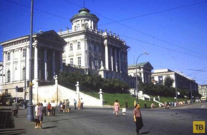 Ностальгия: СССР в фотографиях, часть 2 (31 фото)