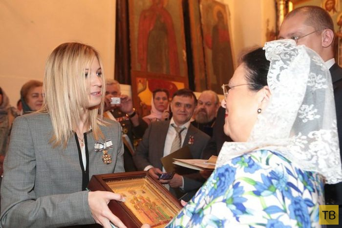 Наталья Поклонская награждена Императорским Орденом Святой Анастасии (3 фото)