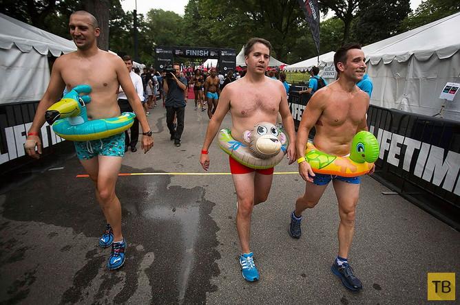 Забег в нижнем белье в Нью-Йорке (9 фото)