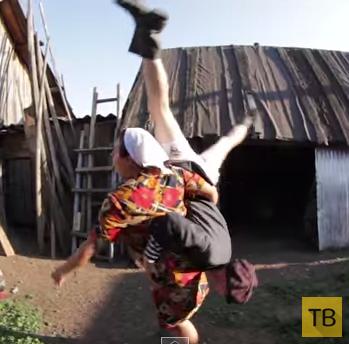 Боня и Кузьмич... Шикарная деревенская пародия на клип Hideaway!