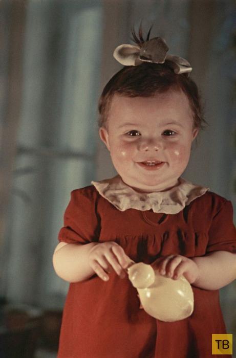 """Серия цветных фотографий советского фотографа С. Фридлянда: """" Жизнь в СССР в 1950 году"""" (25 фото)"""