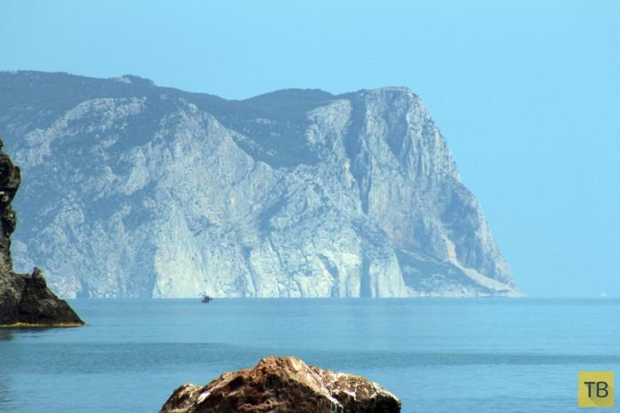 Мыс Фиолент - одно из красивейших мест в Крыму (11 фото)