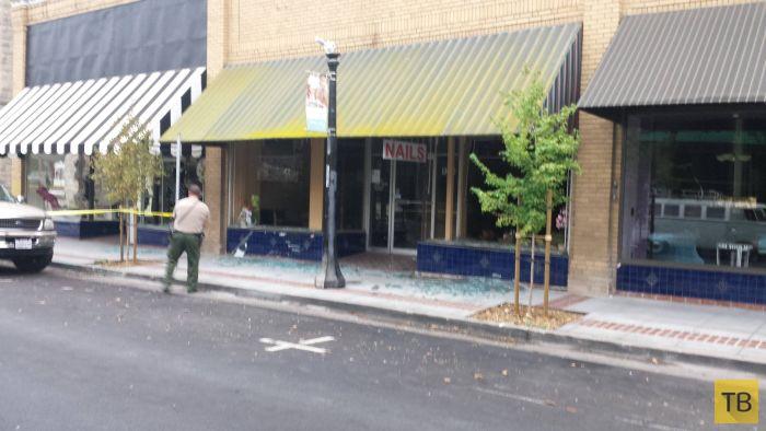Землетрясение в городе Напа в Калифорнии (25 фото)