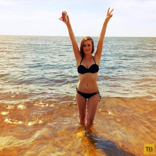 Прощаемся с летом - девушки в бикини (50 фото)