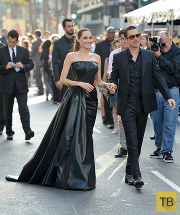 Анджелина Джоли вышла замуж за Брэда Питта (8 фото)