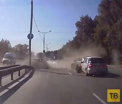 Столкнулись четыре машины... ДТП на Бердском шоссе, г. Новосибирск