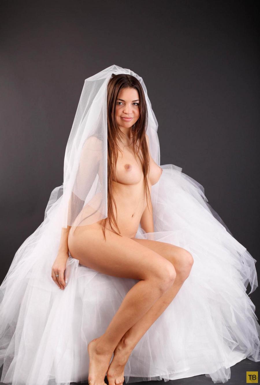 эротические фото девушек в свадебном платье - 10