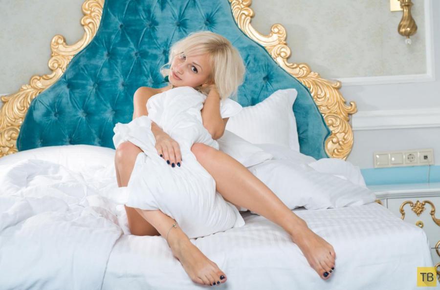 """Красивые и горячие девушки на """"Среду"""", часть 22 (102 фото)"""
