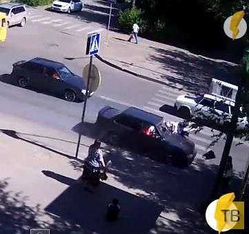 Сбил женщину на переходе... ДТП на пересечении улиц Ленина-Комсомольской, г. Волжский